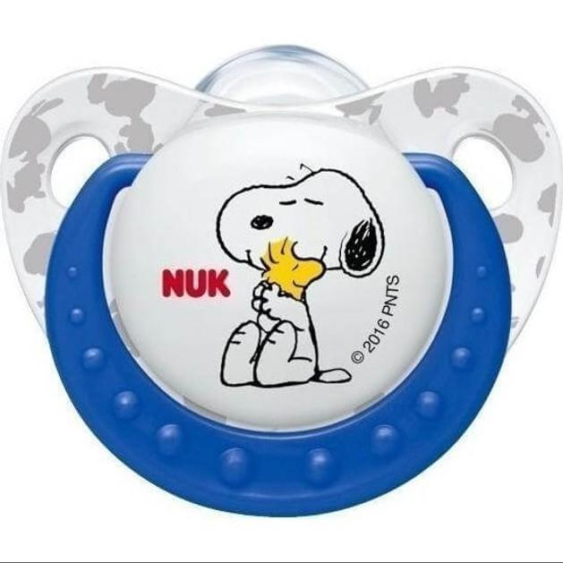 Nuk Trendline Snoopy Peanuts Πιπίλα Σιλικόνης με Κρίκο Χωρίς BPA Μπλε