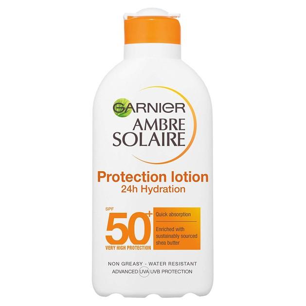 Garnier Ambre Solaire Protection Lotion 24h Hydration Spf50+ Πολύ Υψηλή Αντηλιακή Προστασία για Ενυδάτωση που Διαρκεί 200ml