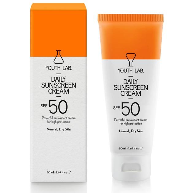 YOUTH LAB. Daily Sunscreen Cream Spf50 Normal  Dry Skin, Έγχρωμη Αντηλιακή Κρέμα για Κανονικές - Ξηρές Επιδερμίδες 50ml