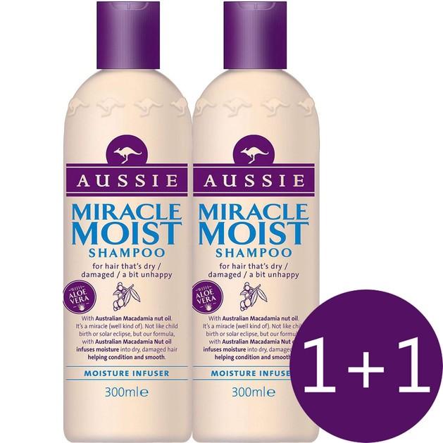 Aussie Πακέτο Προσφοράς Miracle Moist Shampoo Προσφέρει Μια Ανάσα Δροσιάς Στα Ξηρά Ταλαιπωρημένα Μαλλιά 2 x 300ml 1+1 Δώρο